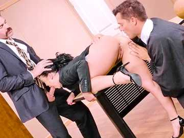 Kristina Rose is a Latina wife pussy fucking in the court in MMF threesome