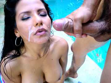Rose Monroe let a pool boy inside her Venezuelan ass in outdoor porn scene