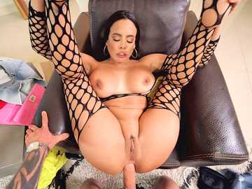 Luna Star puts on her new fishnet lingerie and gets analyzed by Scott Nails