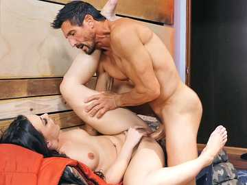 Dark-haired pornstar Whitney Wright comes to Tommy Gunn as a volunteer
