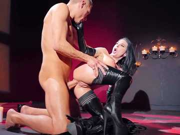 Dirty MILF Joanna Angel has joined the
