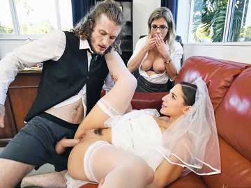 Brunette and blonde Cory Chase and Abella Danger need nothing but threesome