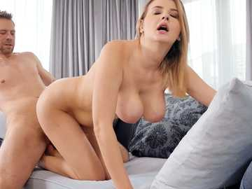 Adorable chick Candy Alexa with natural hooters gets screwed by skilled Erik